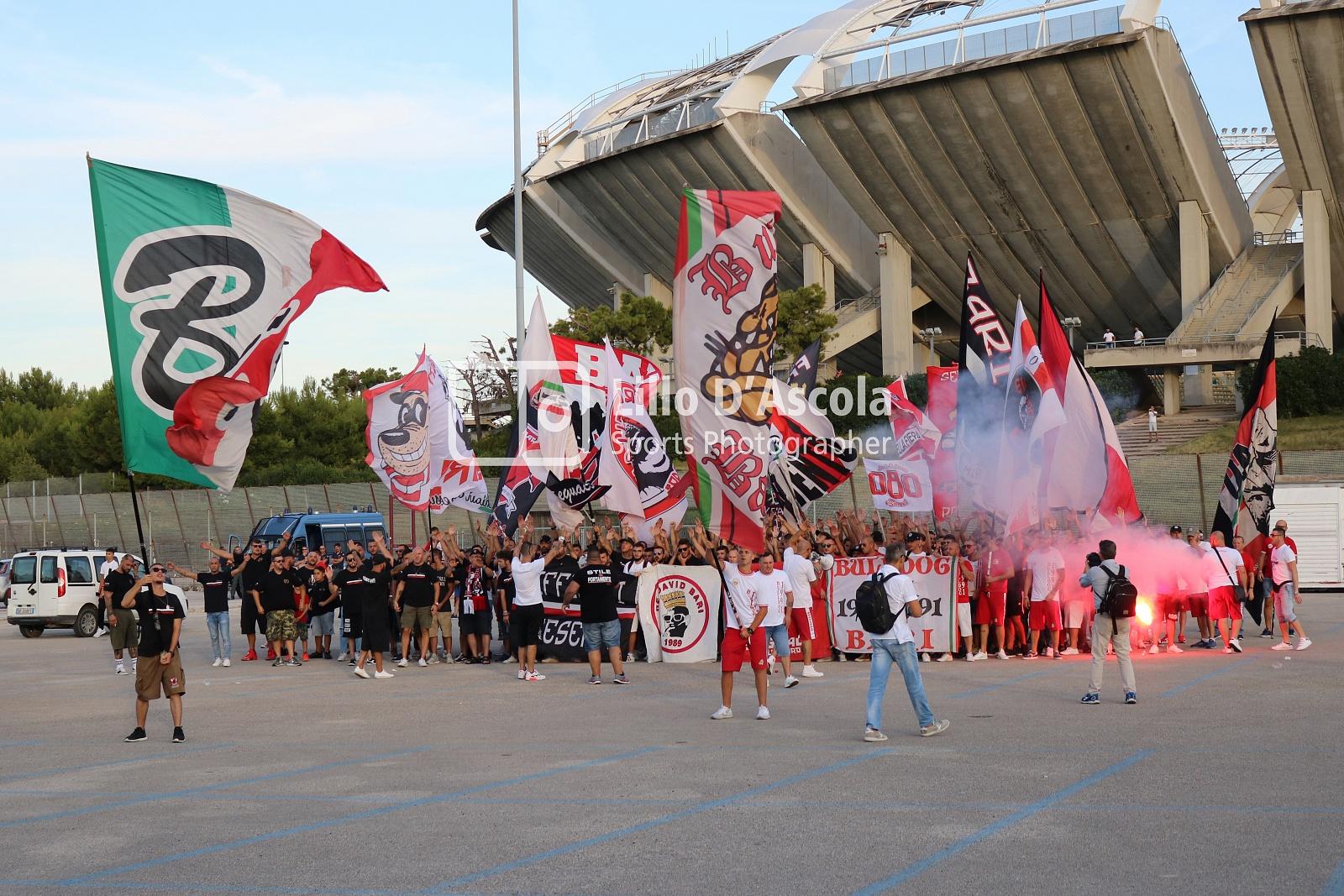 Bari-Reggina, Serie C 2019/2020: le fototifo della partita